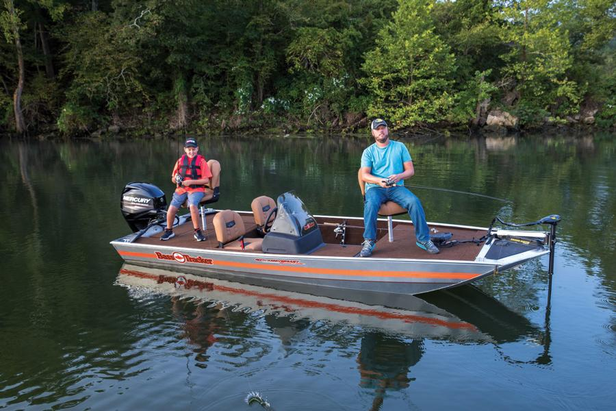 2018 Tracker 40th Anniversary Heritage Edition 170 aluminum mod-v bass fishing boat $9995